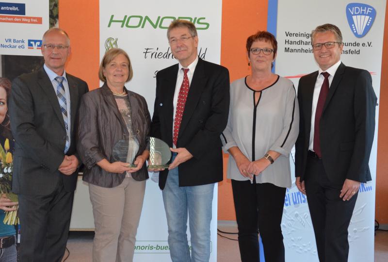 http://www.honoris-buergerpreis.de/cms/images/image511974.jpg